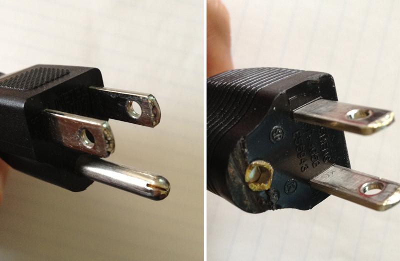 미국 110V 전자제품 코드모양